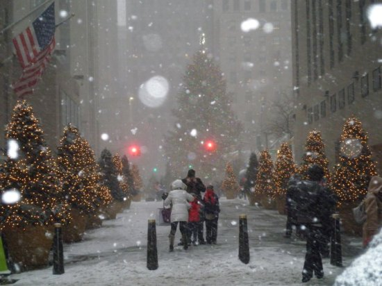 Rockefeller Center during NYC's post-Christmas blizzard, 2010 (Photo: DY)