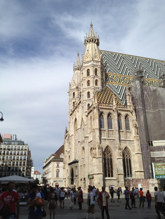 St. Stephen's Cathedral, Vienna, a top attraction (photo: DY, 2015)